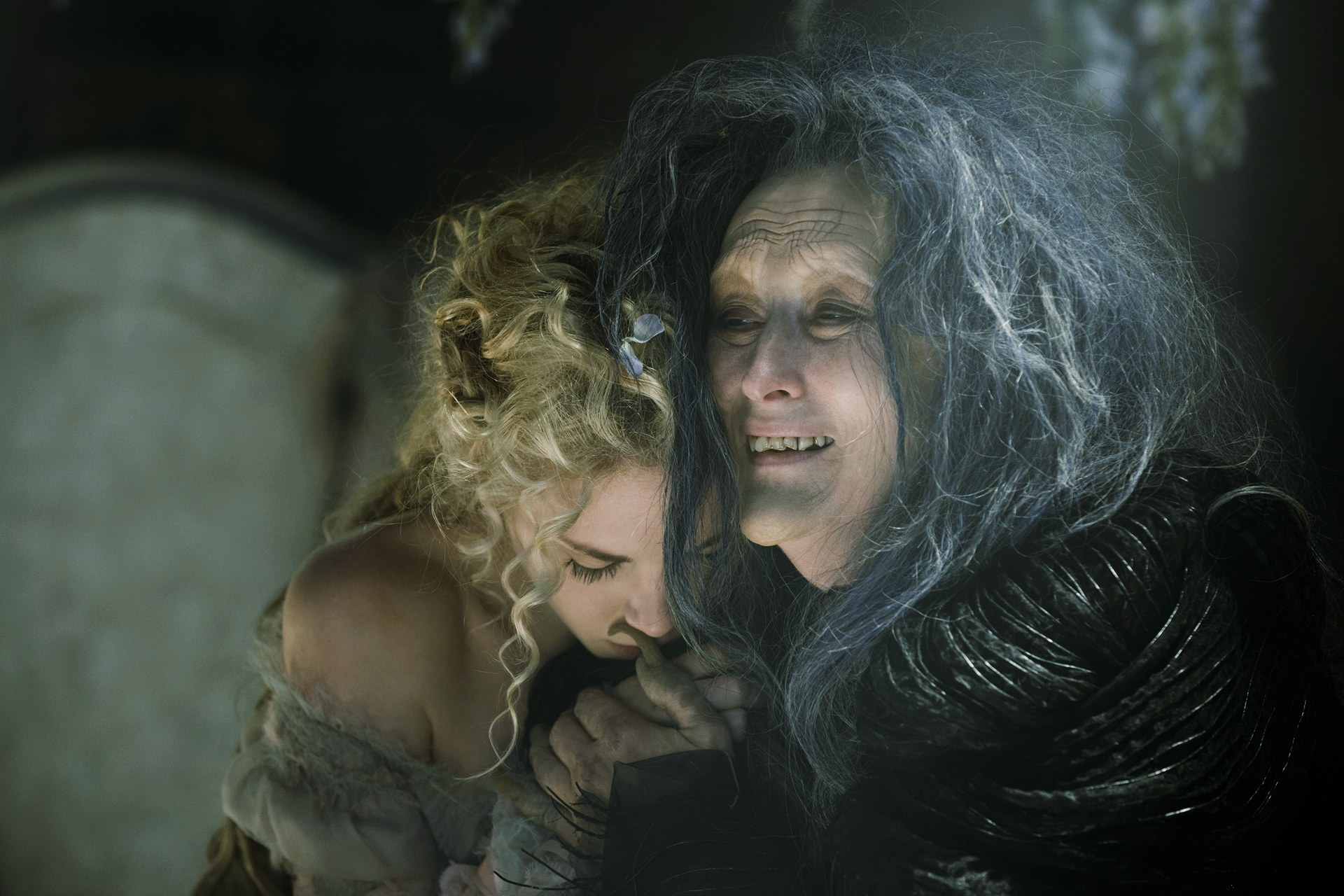 Into the Woods (PG) Close-Up Film Review