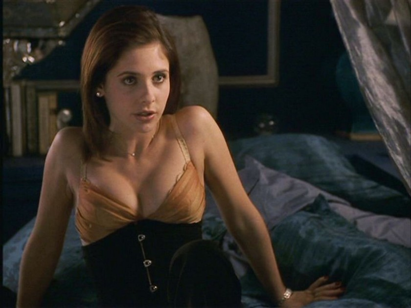 Sarah Michelle Geller as Kathryn Merteuil in Cruel Intentions
