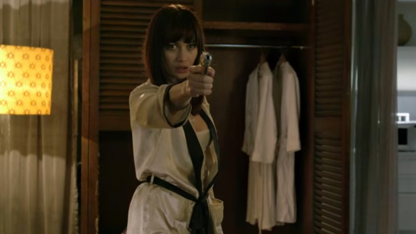 Still of Olga Kurylenko in Momentum