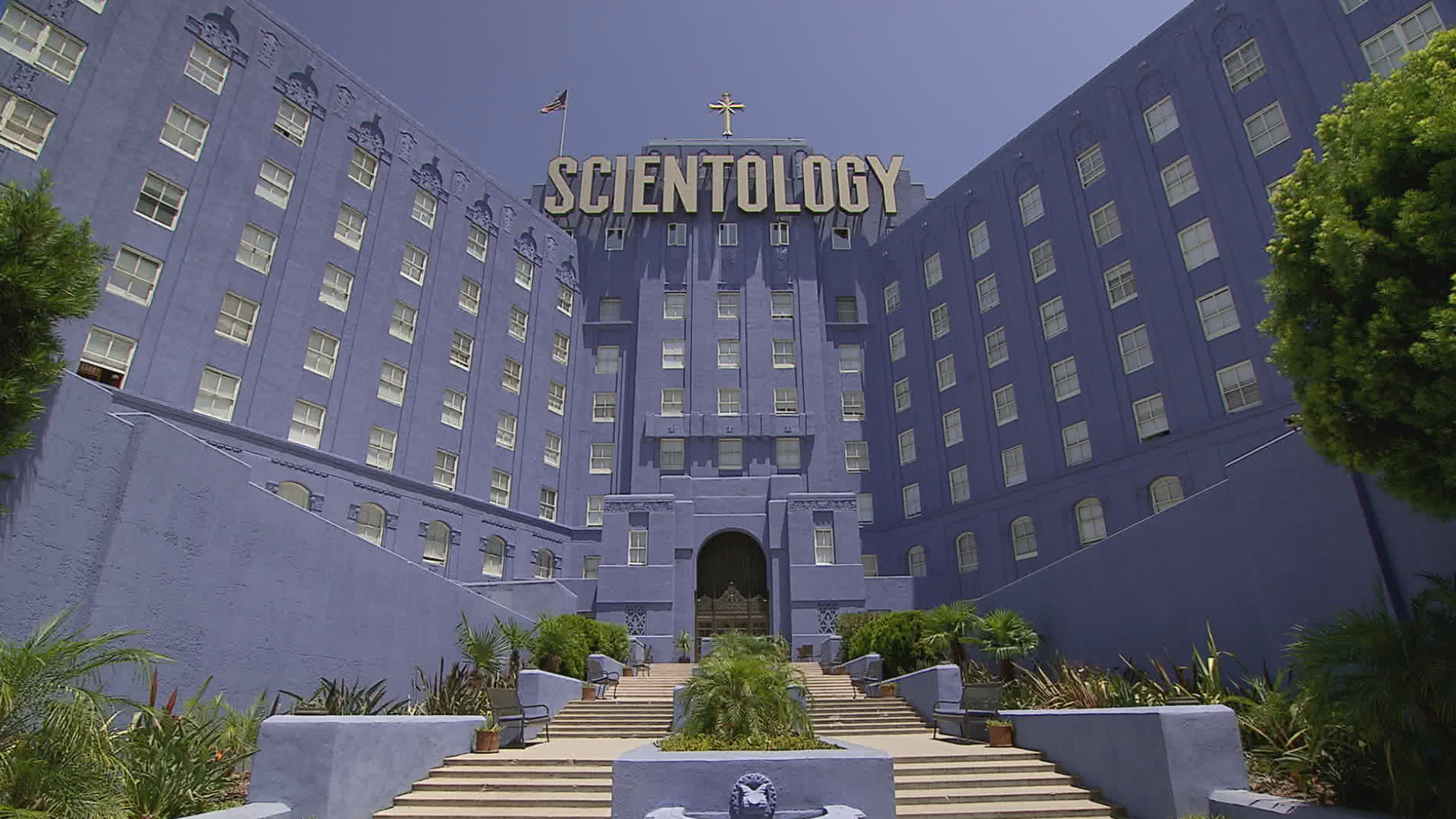 going-clear-scientology-and-the-prison-of-belief (1)