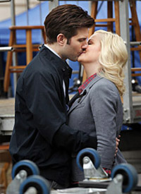 "PARKS AND RECREATION -- ""The Funeral"" Episode 316 -- Pictured: (l-r) Adam Scott as Ben Wyatt, Amy Poehler as Leslie Knope -- Photo by: Byron Cohen/NBC"