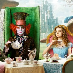 Alice Through The Looking Glass – Teaser Trailer
