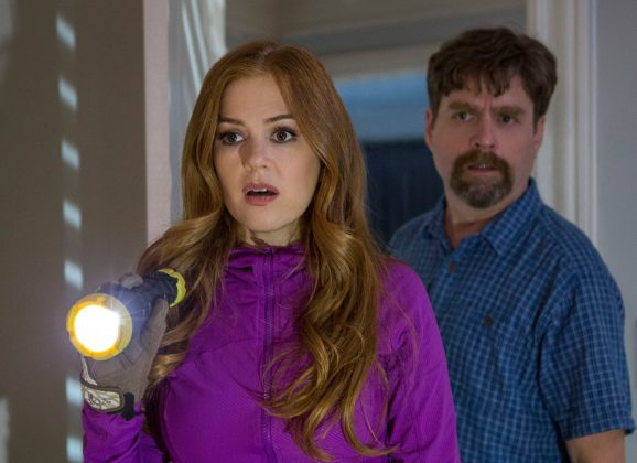 Trailer: Keeping Up With the Joneses