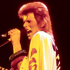Ziggy Stardust back for one night